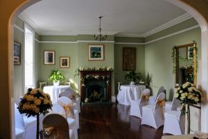 Broomhouse-Wedding-Seating