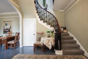 BroomHouse FarmHouse - Staircase