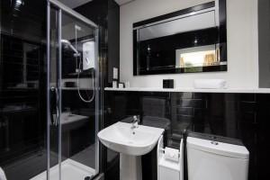 BroomHouse FarmHouse - Bathroom