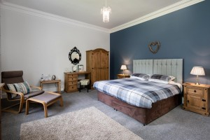 BroomHouse FarmHouse - Bedroom